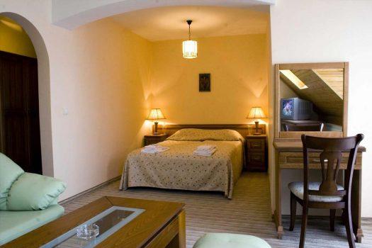 апартамент - хотел Зора