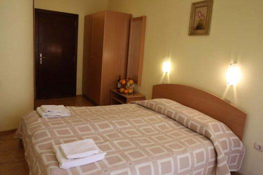 двойна стая - Хотел Папи