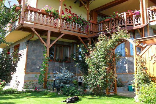 градина Къща за гости Васил