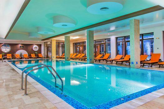 закрит басейн - хотел Мурите