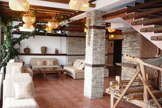 лоби бар - хотел Добърско
