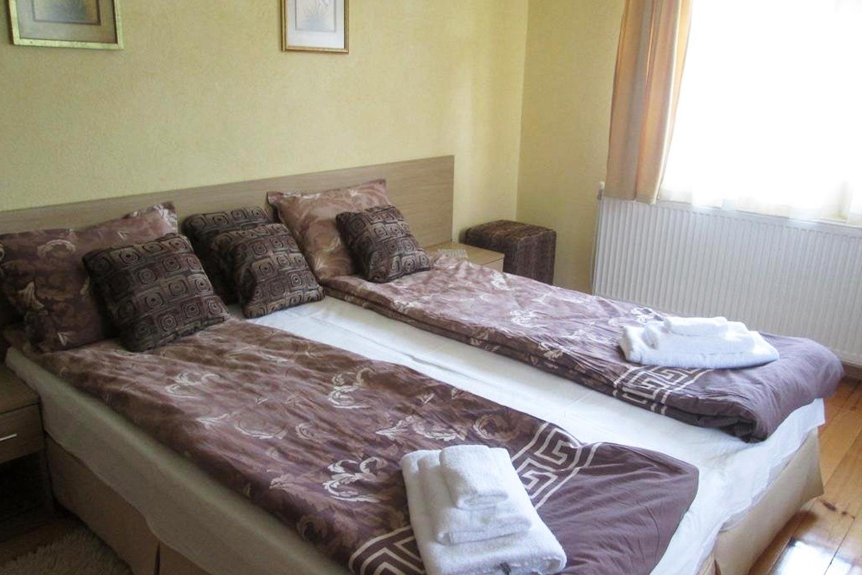 стая - Къща за гости Жабокрек