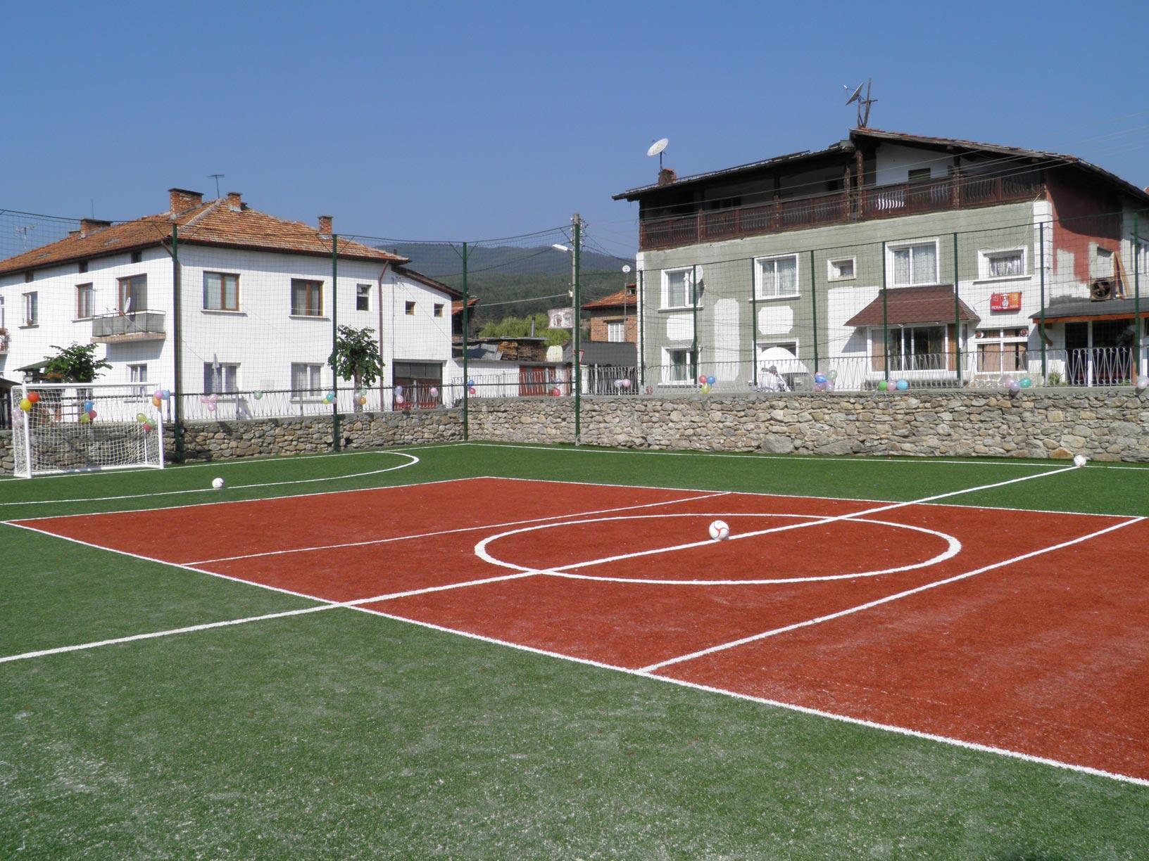 Спортна площадка в Бачево