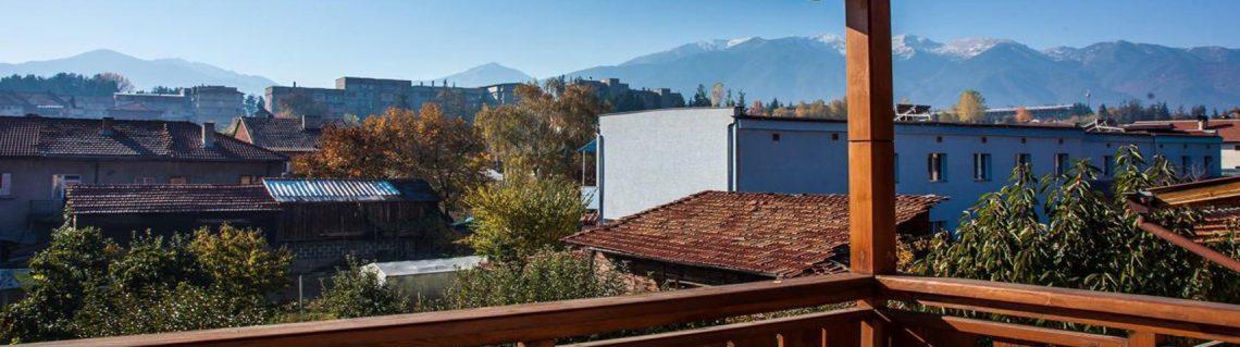 тераса с гледка къща за гости Валевицата
